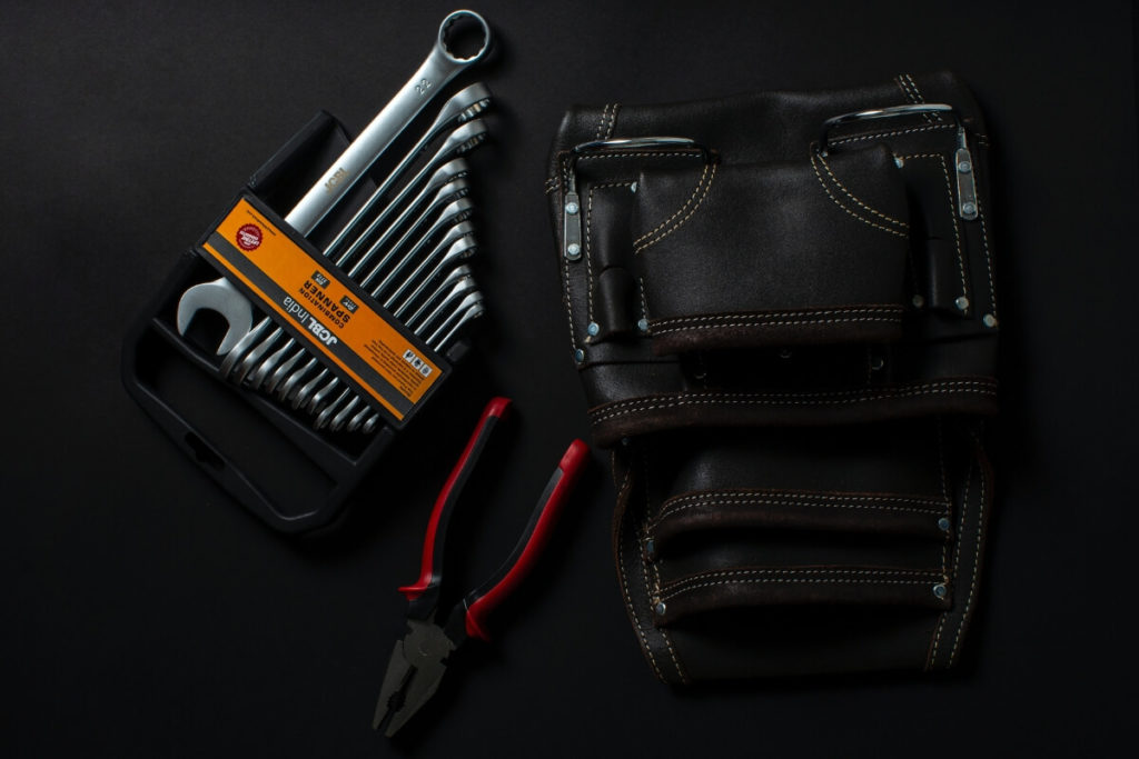 これだは持っておきたい!ロングツーリングに携行するべき道具:ツールケース