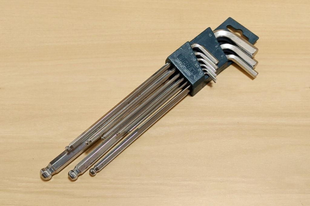 緊急時に役立つ!ツーリングに必ず携行するべき工具たち:六角棒レンチ