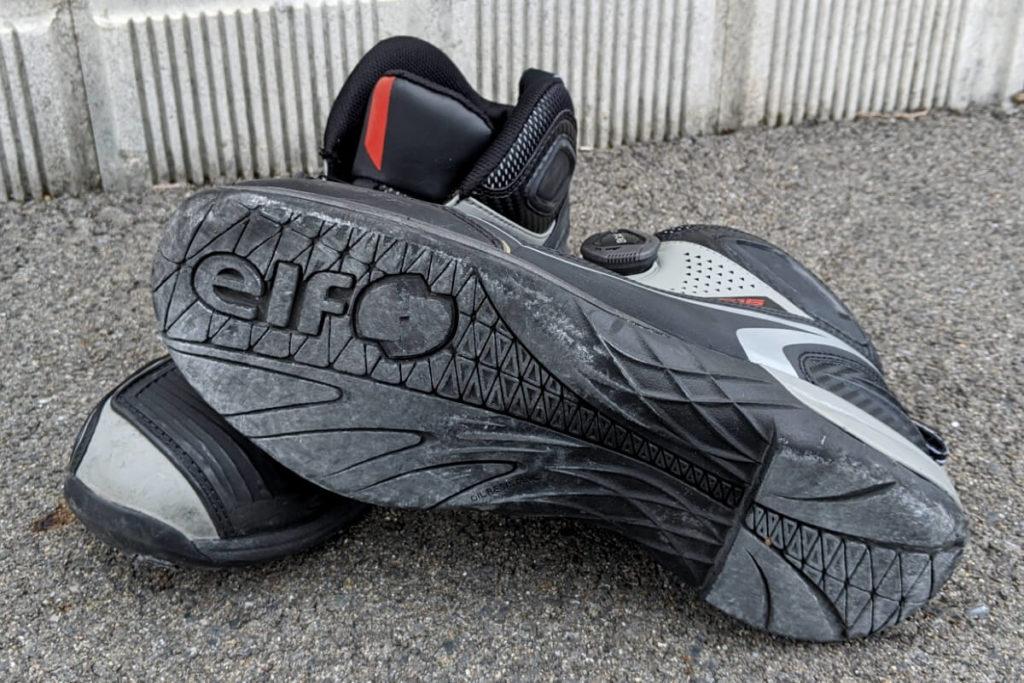 ライディングシューズを履くメリット:靴底が強固な作り